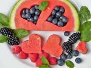 Welches Obst hat am wenigsten Zucker?